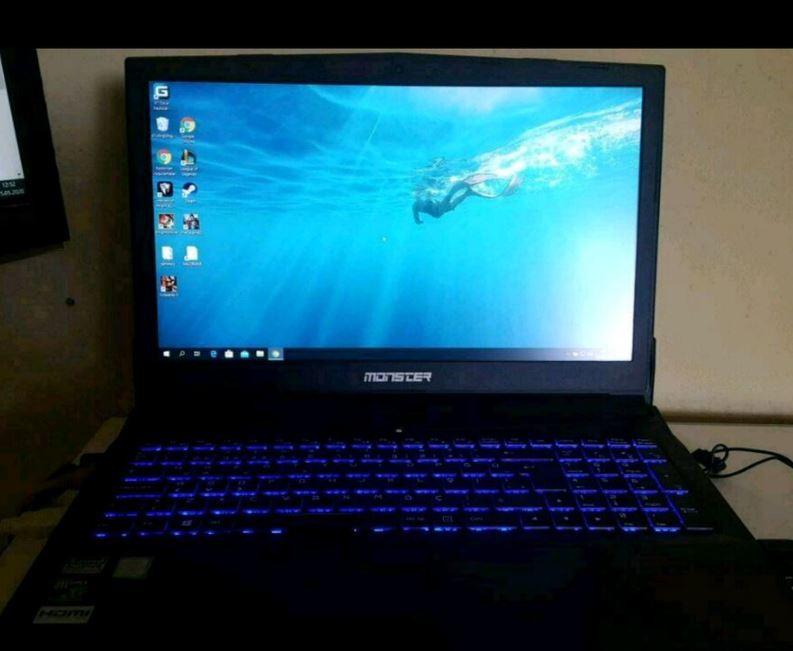 MONSTER Abra A5 V11.1 Laptop Bilgisayar