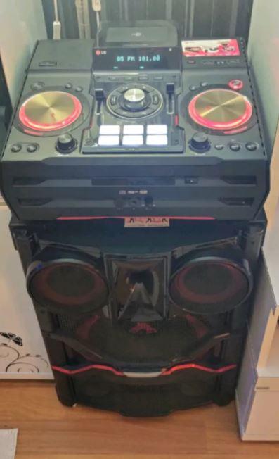 LG Mini Hi-Fi System Extreme Party CM9740