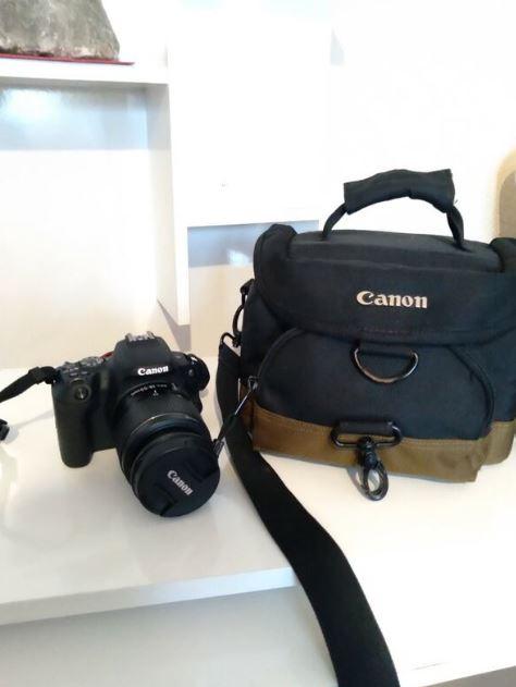 Canon 200D Fotoğraf Makinası Sıfır