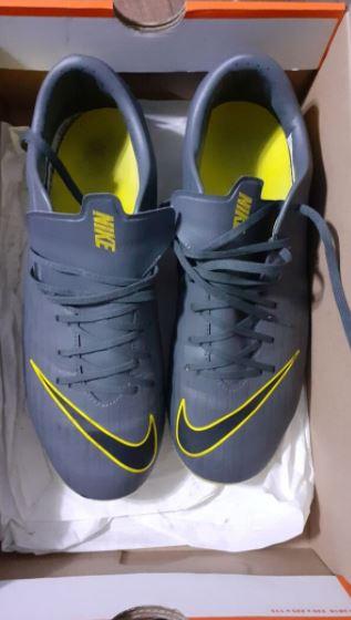 Nike Sarı Mercurial Krampon