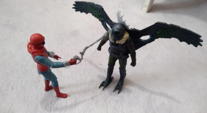 Spiderman Eve Dönüş Film Figürleri
