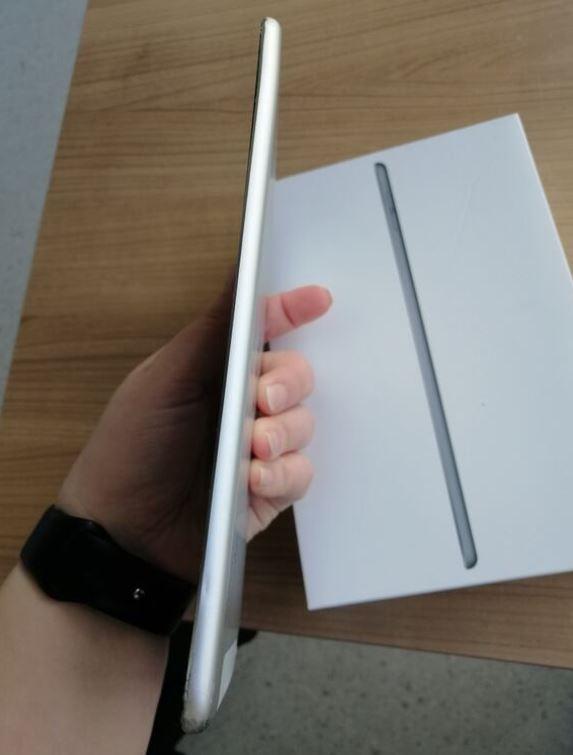 Apple iPad Mini 4 128 GB 3G