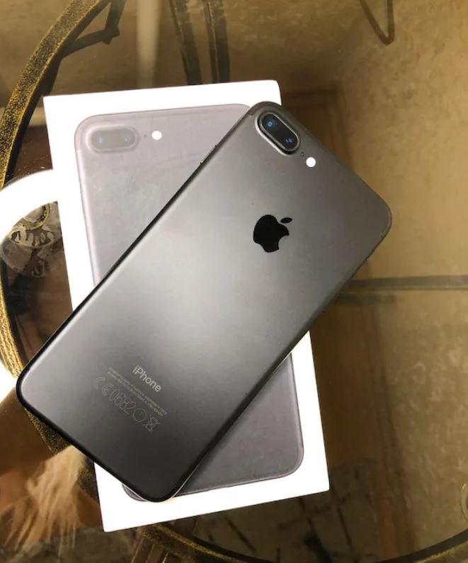 iPhone 7 Plus 32 GB Kutulu
