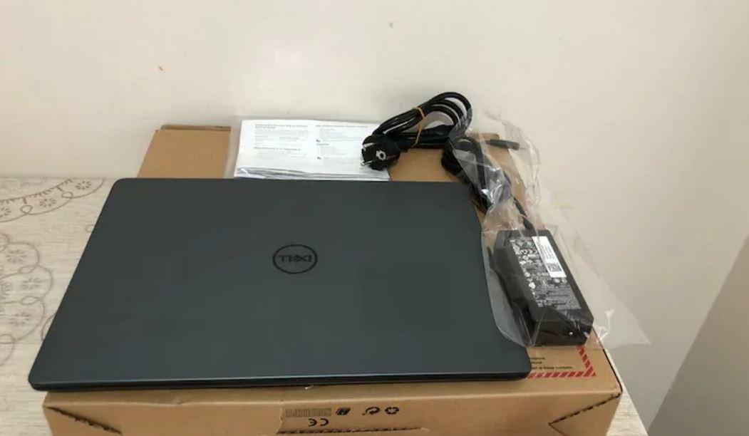 Dell Ultrabook 8565U Notebook Laptop