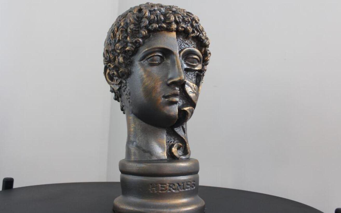 Hermes Yunan Heykeli