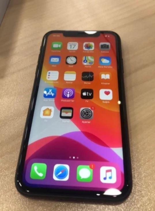 iPhone 11 64 GB Garantili Kutulu
